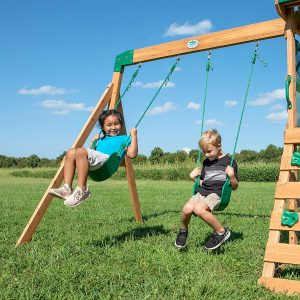 What are the Best Swing Sets for Small Spaces?