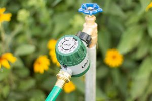 Best Soaker Hose Timer Reviews and Buying Guide 2021