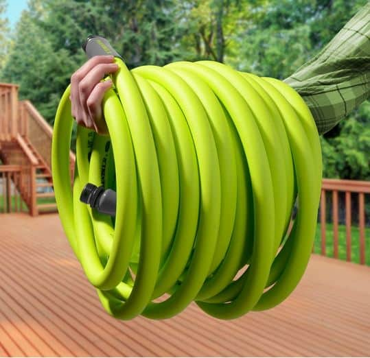 Best Lightweight Garden Hoses Reviews and Buying Guide 2021